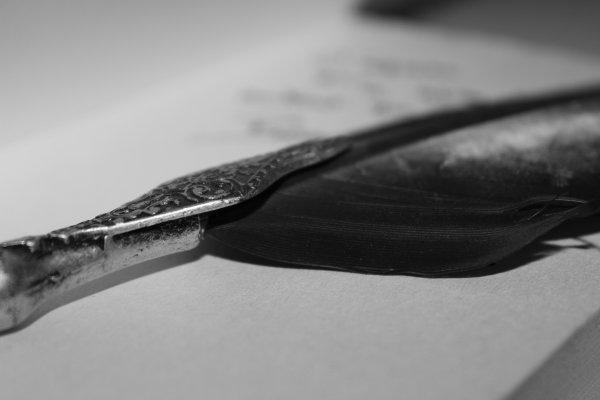 ''J'écris pour la même raison que je respire,  parce que si je ne le fais pas, je mourrais.''