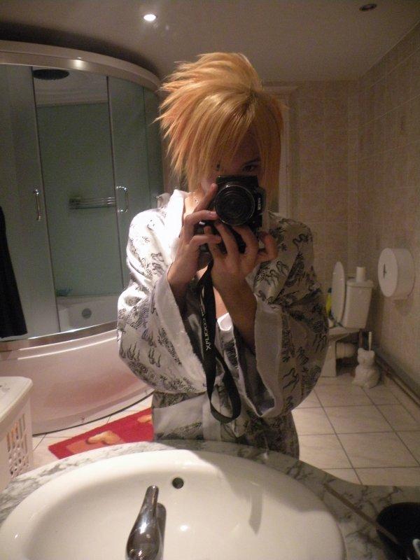 photo dossier x) cheveux hyper décoloré