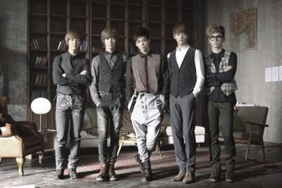 Groupe 5 : SHINee