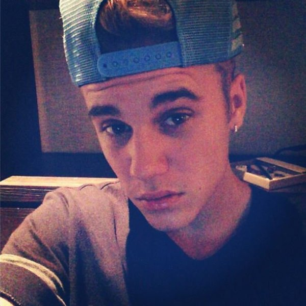 Le-Bieber  fête ses 21 ans demain, pense à lui offrir un cadeau.Aujourd'hui à 10:28