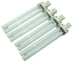 LOT DE 4 AMPOULES POUR LAMPE UV