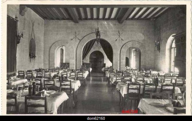 Art 1699 : La salle à manger