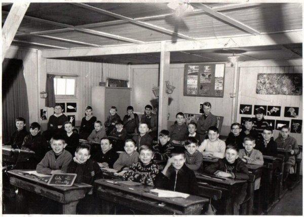 Art 1354 : Classe de CM1 en 1964