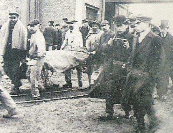 Art 1372 : Courrières en 1906