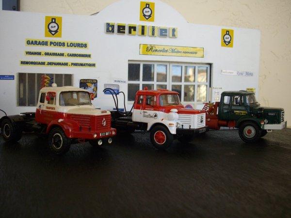 trio de tracteurs BERLIET