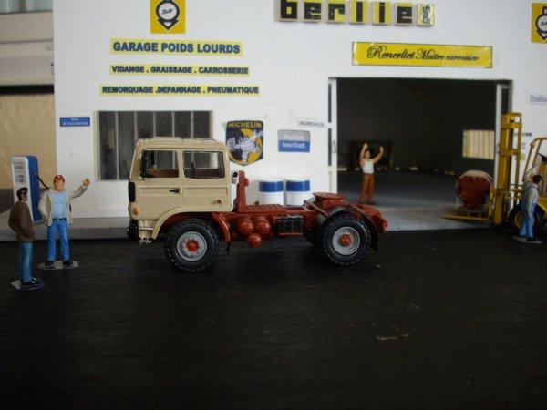 BERLIET TB 231