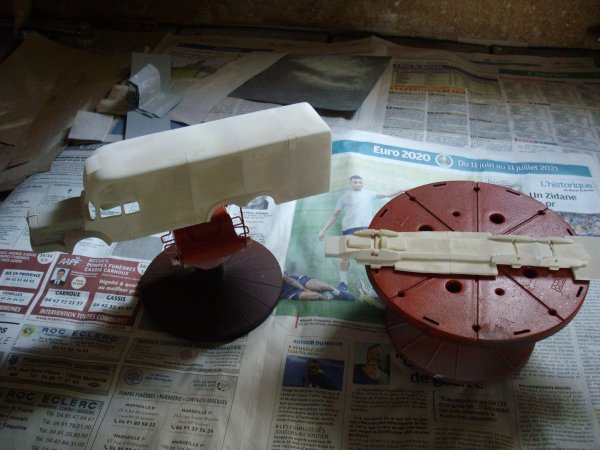 construction d'un BERLIET GBM 15 6X2 ( fourgon isotherme )