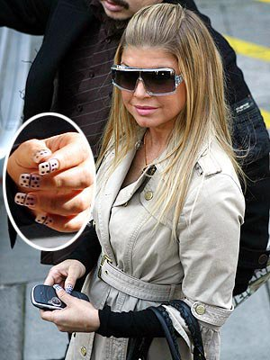 \\\- » |.Biographie Fergie Black Eyed Pease BoOm BoOm POw