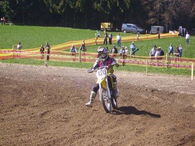 Ma premiere course de moto !! =) a Siviriez !!