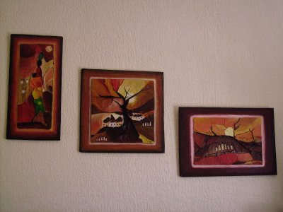 Tableaux africains réalisés par ma fille Isabelle. Si le coeur vous en dit, vous pouvez en voir d'autres sur son blog : isabelle68800-pastel 68 -skyrock