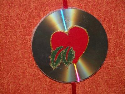 Verso, les motifs sont collés directement sur le CD