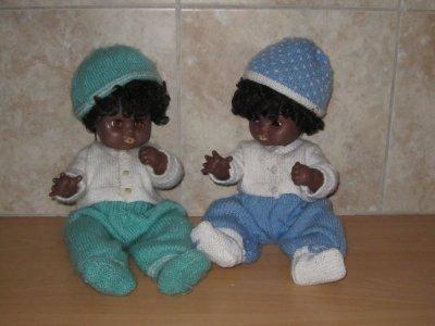 Deux jumeaux (garçons) adoptés il y a bien longtemps !