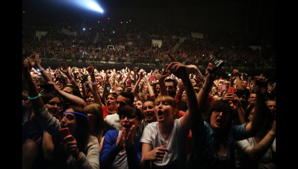 #ParadoxaleTour au Zénith de Lille • dix-huitième date de la tournée • Résumé en photos & Vidéos