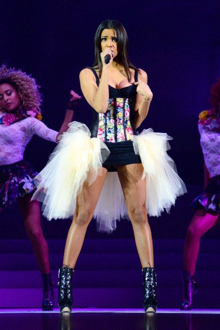 SHY'M s'impose dans le classement des chanteuses préférées des français !