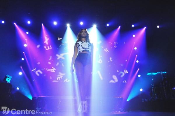 #ParadoxaleTour au Prisme d'Aurillac • Vingt-et-unième date de la tournée • Résumé en photos, article & interview !