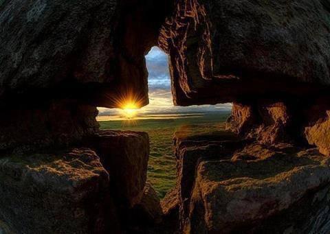 Jour nouveau ... toujours garde espoir !! et ne crains rien !!!