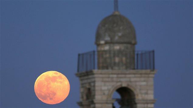 Super grosse Lune -EXTRA SUPER LUNE du 14novembre 2016