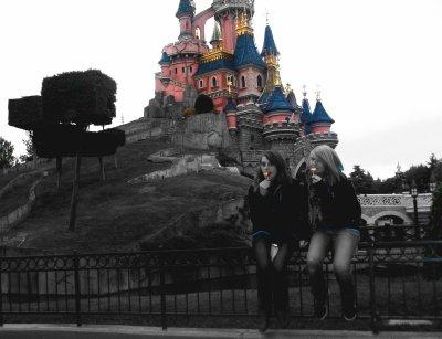Disney 2010 avec ma Liline._*