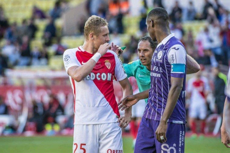 Maillot porté par Issa Diop lors de AS Monaco vs TFC