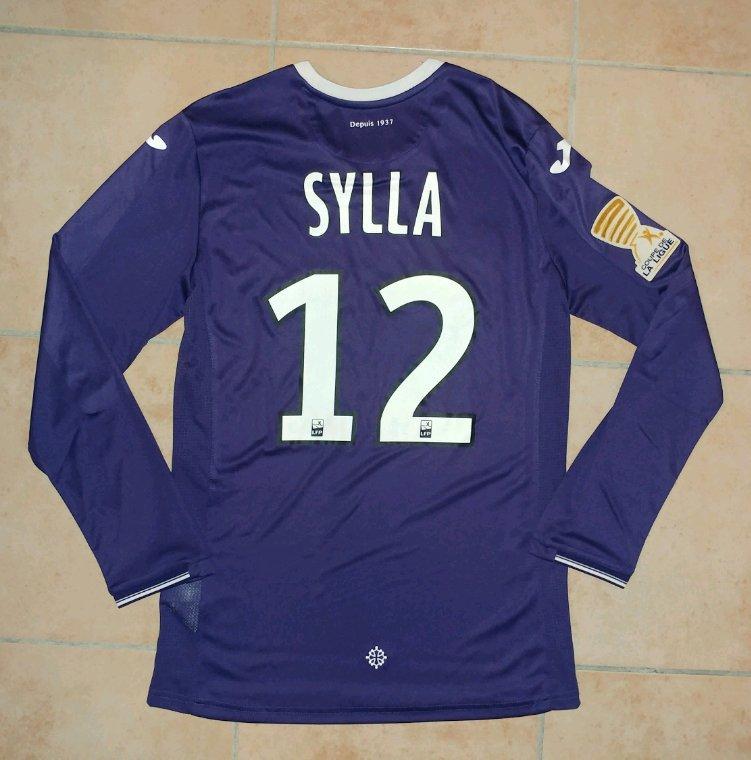 Maillot préparé pour Issiaga Sylla pour le match TFC vs Clermont Foot en coupe de la Ligue