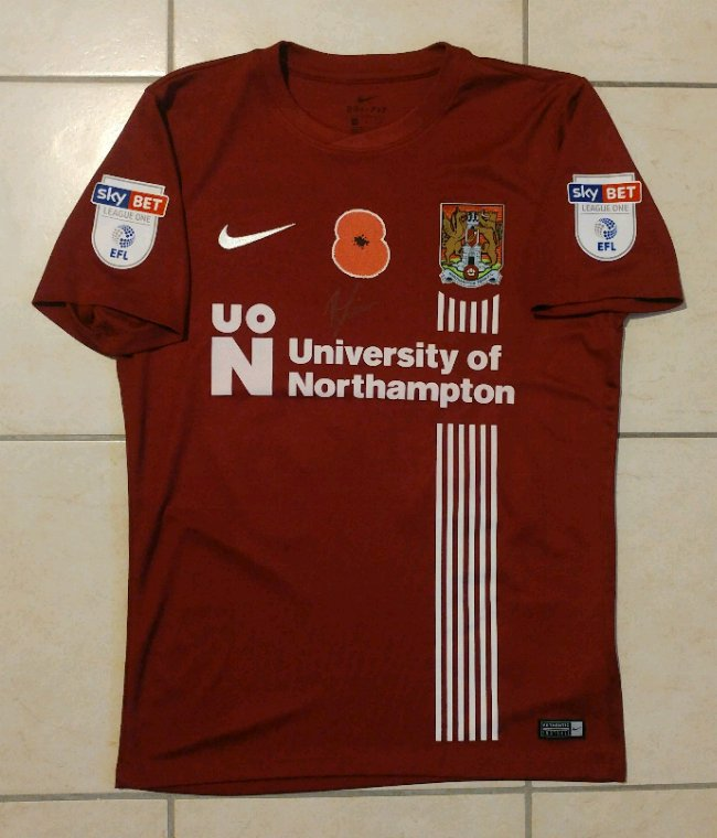 Maillot porté par Ryan McGivern lors de Northampton vs Southampton U23