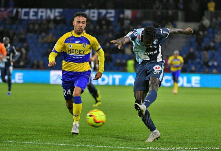 Maillot porté par Rafa NAVARRO lors de Le Havre vs Sochaux avec le Bleuet de France
