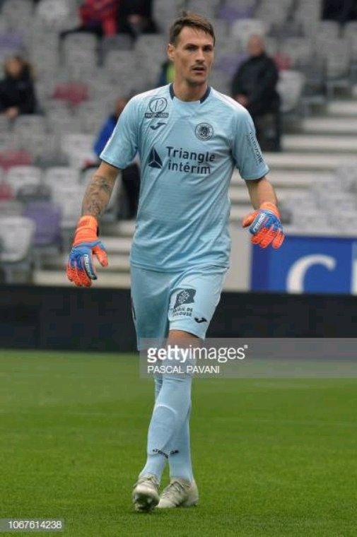 Gants portés par Mauro Goicoechea saison 2017-2018