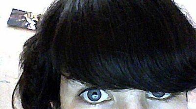 Si tu me regarde dans les yeux, tu peut te voir écrit..