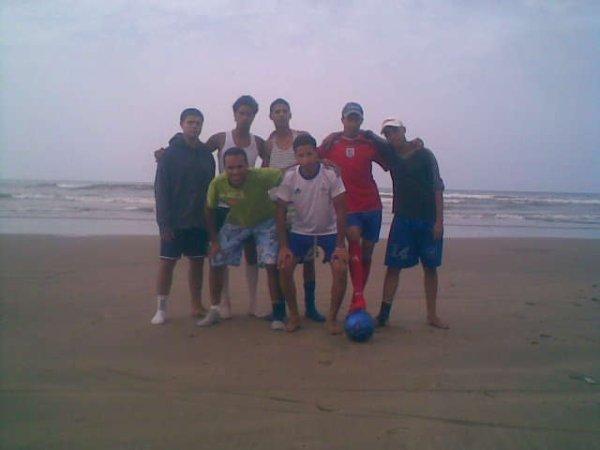la  plage  foot  ball