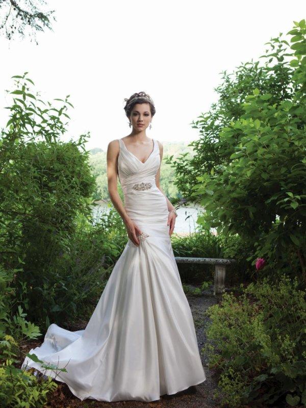 Taffeta Sleeveless V-Neckline Directionally Ruched Bodice Mermaid Wedding Dress
