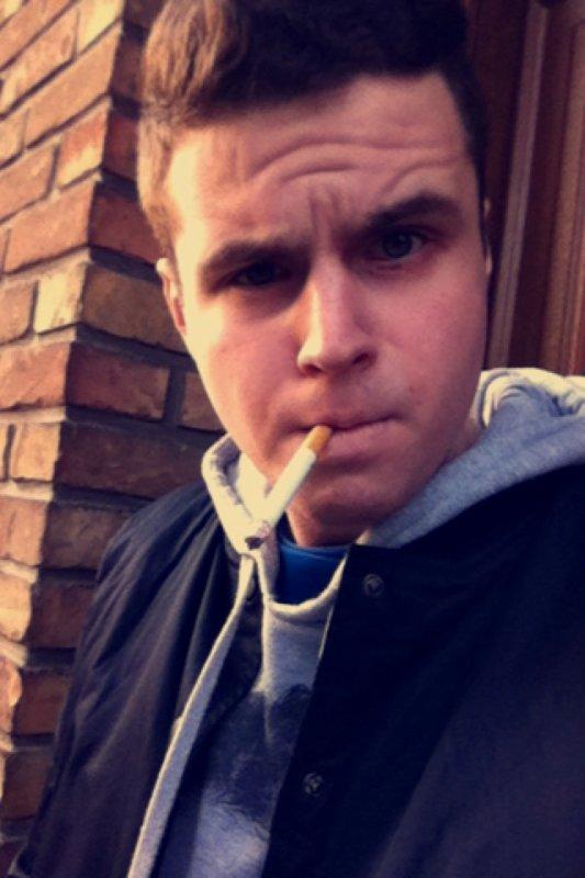 Fume avant que la vie te fume.