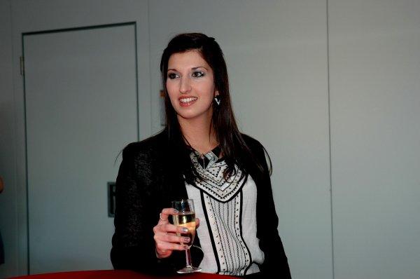 2014-02-16 LES MISS TOURNAI SONT PAREES DE LEUR ECHARPE