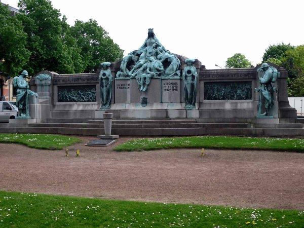 2 014-05-08- COMMEMORATION DE L'ARMISTICE DU 8 MAI 1945