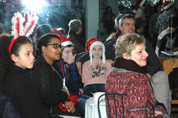 2015-12-19-TOURNAI LE DEJEUNER DE NOËL A DANSES ET Cie