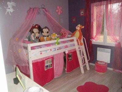 Ma nouvelle chambre de princesse notre petite princesse notre petite fille a for Chambre fille princesse