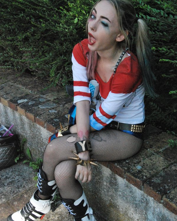 Megane Universe (Cosplay Harley Quinn Suicide Squad)