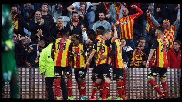 Ligue 2 : La course à l'élite redémarre, un choc Auxerre - Lens d'entrée