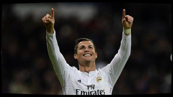 Joueur UEFA de l'année : Cristiano Ronaldo s'offre un doublé