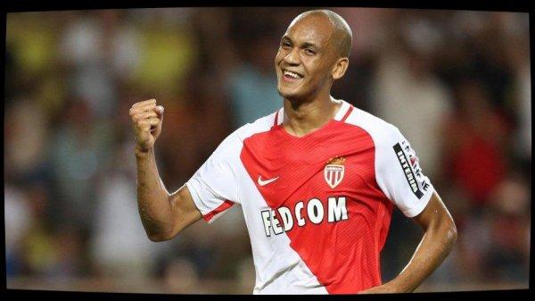 L'arrivée de Fabinho au PSG suspendue à celle de Carvalho à Monaco ?