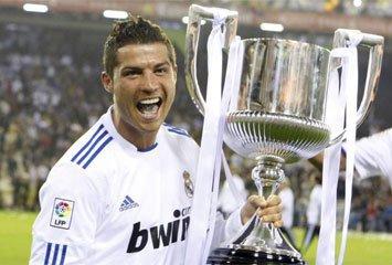 Le roi c'est le REAL!!!!!!!!!! vainqueur de la coupe d'espagne 1-0 contre le barca