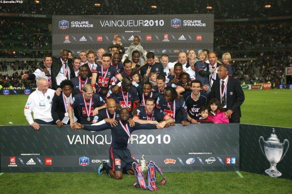 PSG VAINQUEUR DE LA COUPE DE FRANCE 2010!!!!! SUPER AMBIANCE AU STADE DE FRANCE!! PARIS EST MAGIQUE