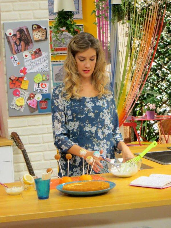 Angie et les recettes de Violetta  -  PART 2