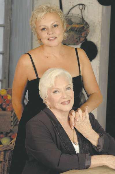"PHOTOS : Muriel Robin & Line Renaud (Séances photos - Promotion ""Fugueuses"""