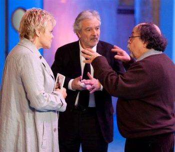 "PASSAGES TV  : Muriel Robin dans l'émission ""Sardou en Questions"", Samedi 23 Octobre 2010."