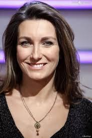 félicitation à Anne-Claire Coudray par la naissance de sa fille Amalya!!!
