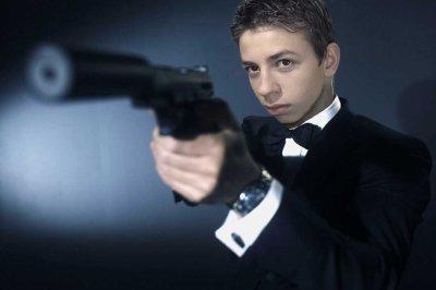 Vince Bond.
