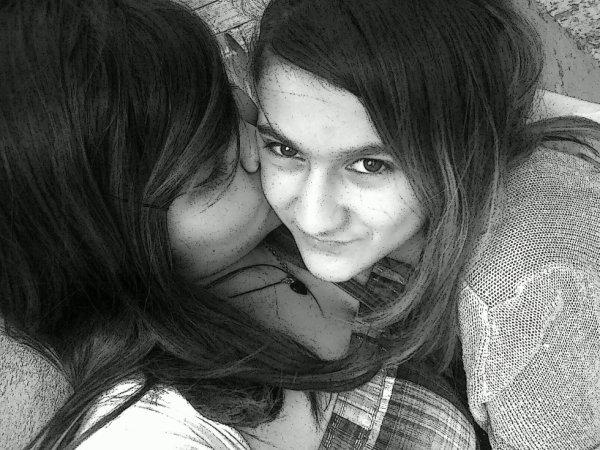 Moi et ma petite soeur <3