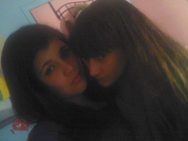 Moi & Ma Petite Soeur <3