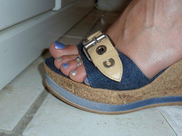 """Une serie de jolie petons ( Toe Ring ) du Blog de """"petonssplendides"""""""