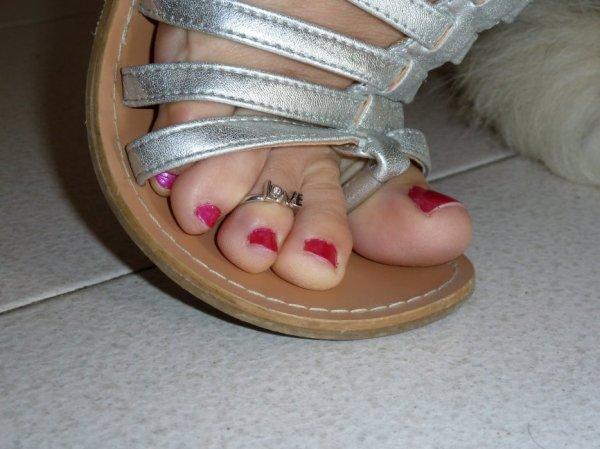 """Une serie de jolie petons ( Toe Ring ) du Blog de """"petonssplendides"""" 3"""